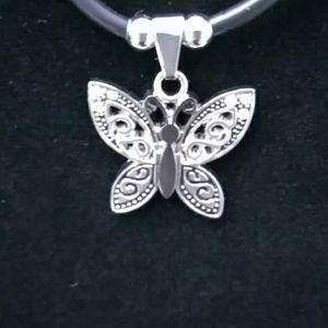 *2 for $10* NWOT BUTTERFLY NECKLACE BLACK/SILVER